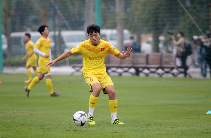"""Đội trưởng Quế Ngọc Hải: """"ĐT Việt Nam cần phải nắm quyền tự quyết tại Vòng loại World Cup 2022"""" -4"""