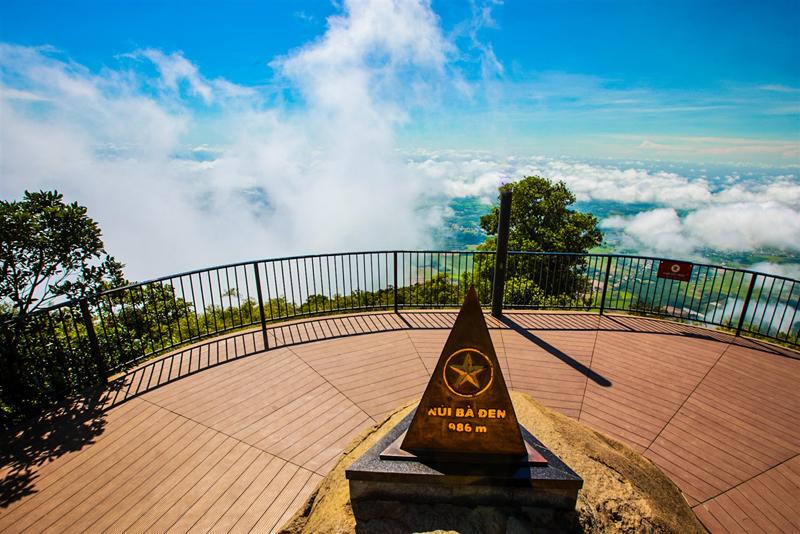 Tây Ninh, điểm sáng du lịch miền Đông Nam Bộ  -0