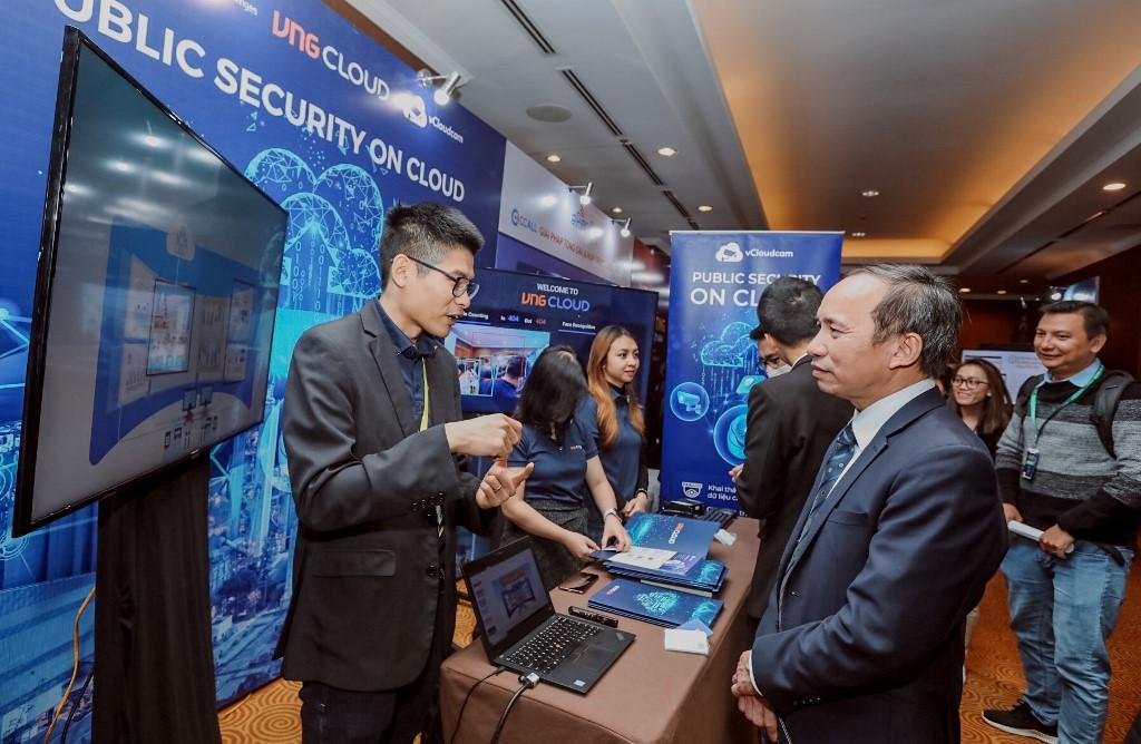 Internet Day 2020: In đậm dấu chân số của Việt Nam trong không gian mạng