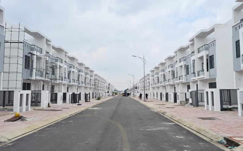 """Phản hồi từ bái báo """"Cần sớm xử lý nghiêm chủ đầu tư gần 500 căn nhà xây không phép ở Đồng Nai"""" -0"""