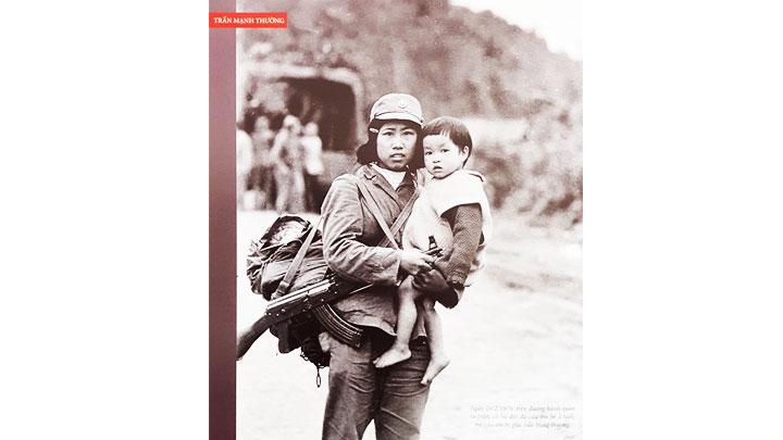 Câu chuyện có hậu từ bức ảnh trong cuộc chiến 1979 -0