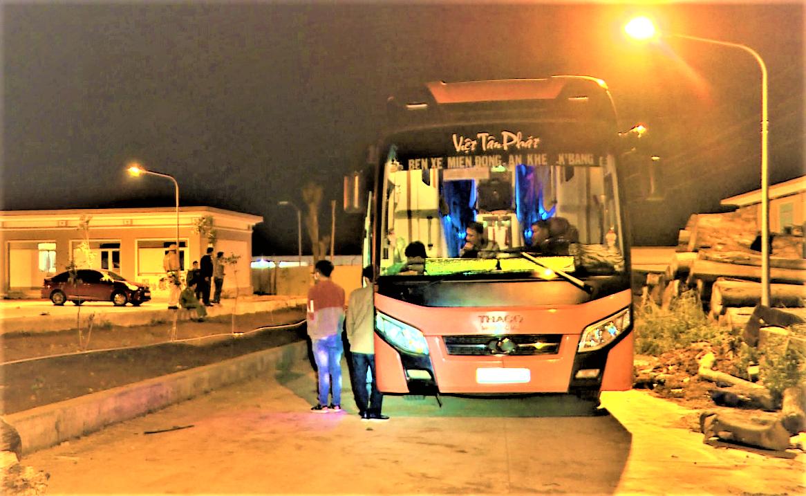 Phát hiện xe khách vận chuyển pháo lậu từ tỉnh Gia Lai xuống TP Hồ Chí Minh tiêu thụ -0