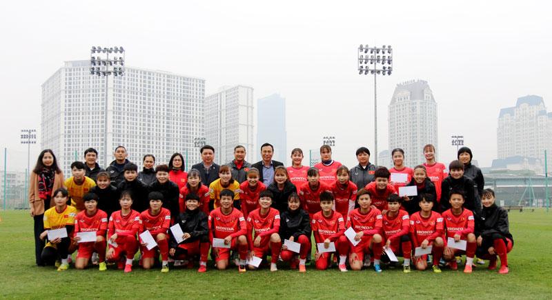 Chú trọng đầu tư cho bóng đá nữ năm 2021 -0