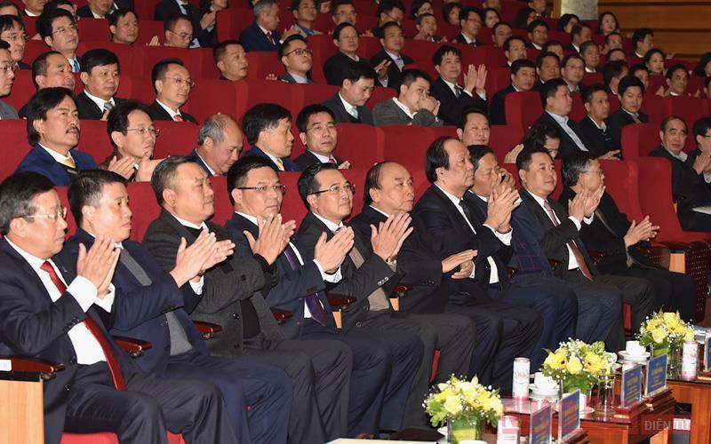 Thủ tướng Nguyễn Xuân Phúc dự hội  nghị triển khai nhiệm vụ năm 2021 của Petrovietnam   -0