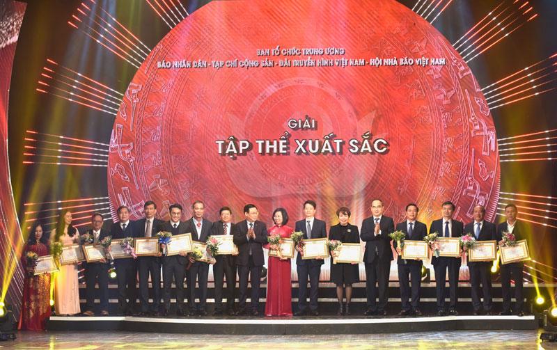 Lễ trao Giải báo chí toàn quốc về xây dựng Đảng lần thứ 5 -0