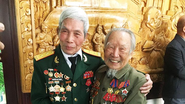 Người lính Việt trên đất Triệu Voi -0