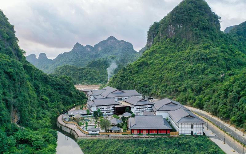 """Du lịch Việt Nam: lách """"khe cửa hẹp"""" để """"chuyển mình"""" mạnh mẽ -0"""