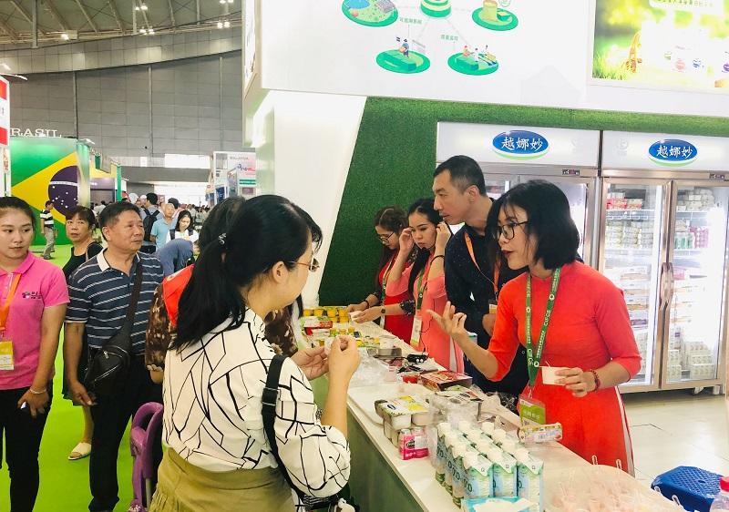 Vinamilk xuất khẩu sữa hạt và sữa đặc sang Trung Quốc -0