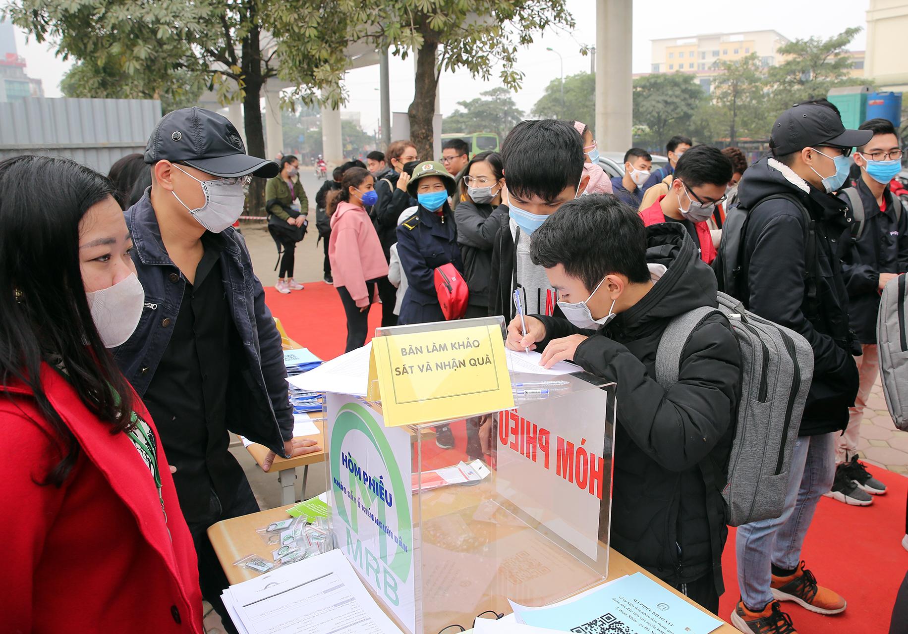 Mở cửa đón người dân tham quan tàu Metro Nhổn – ga Hà Nội -0