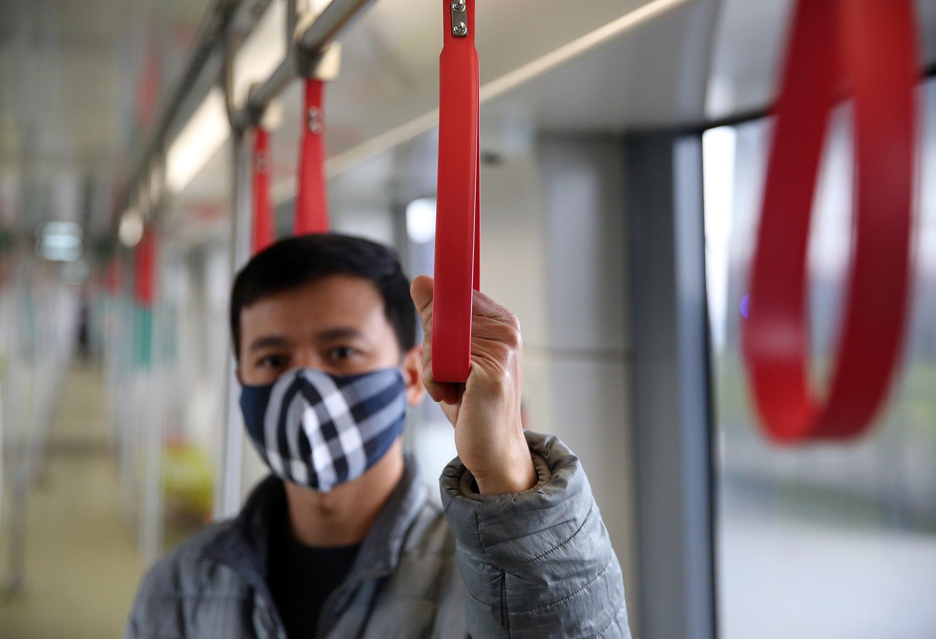 Mở cửa đón người dân tham quan tàu Metro Nhổn – ga Hà Nội -5