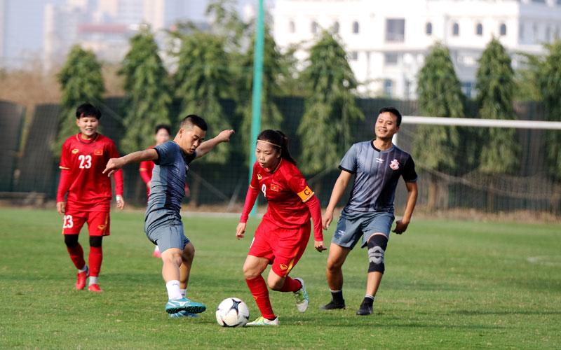 Đội tuyển nữ Quốc gia đấu tập với Đội cựu cầu thủ SEA Games 23 -0