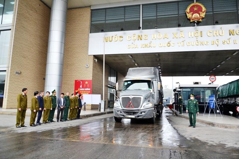 Kiểm tra phòng, chống buôn lậu và gian lận thương mại dịp Tết ở tỉnh Lào Cai -0