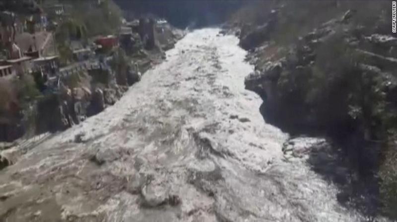 Ấn Độ tìm 125 người mất tích sau khi vỡ sông băng trên dãy Himalaya -0