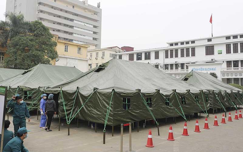 Xây dựng bệnh viện dã chiến phục vụ công tác chống dịch Covid -19 tại Bệnh viện Bạch Mai -0
