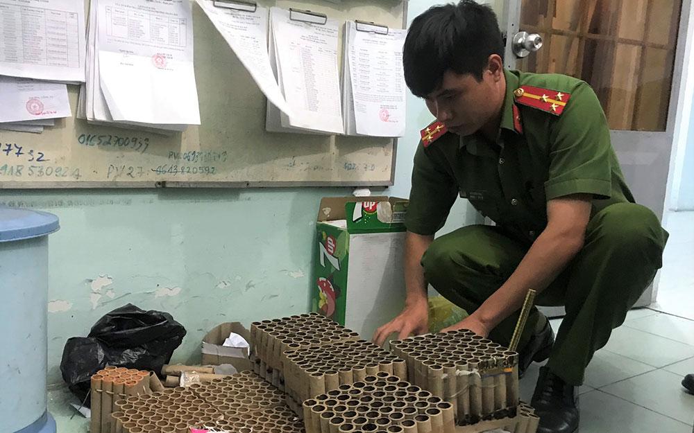 Xử lý 118 vụ đốt pháo trong đêm giao thừa ở Biên Hòa -0