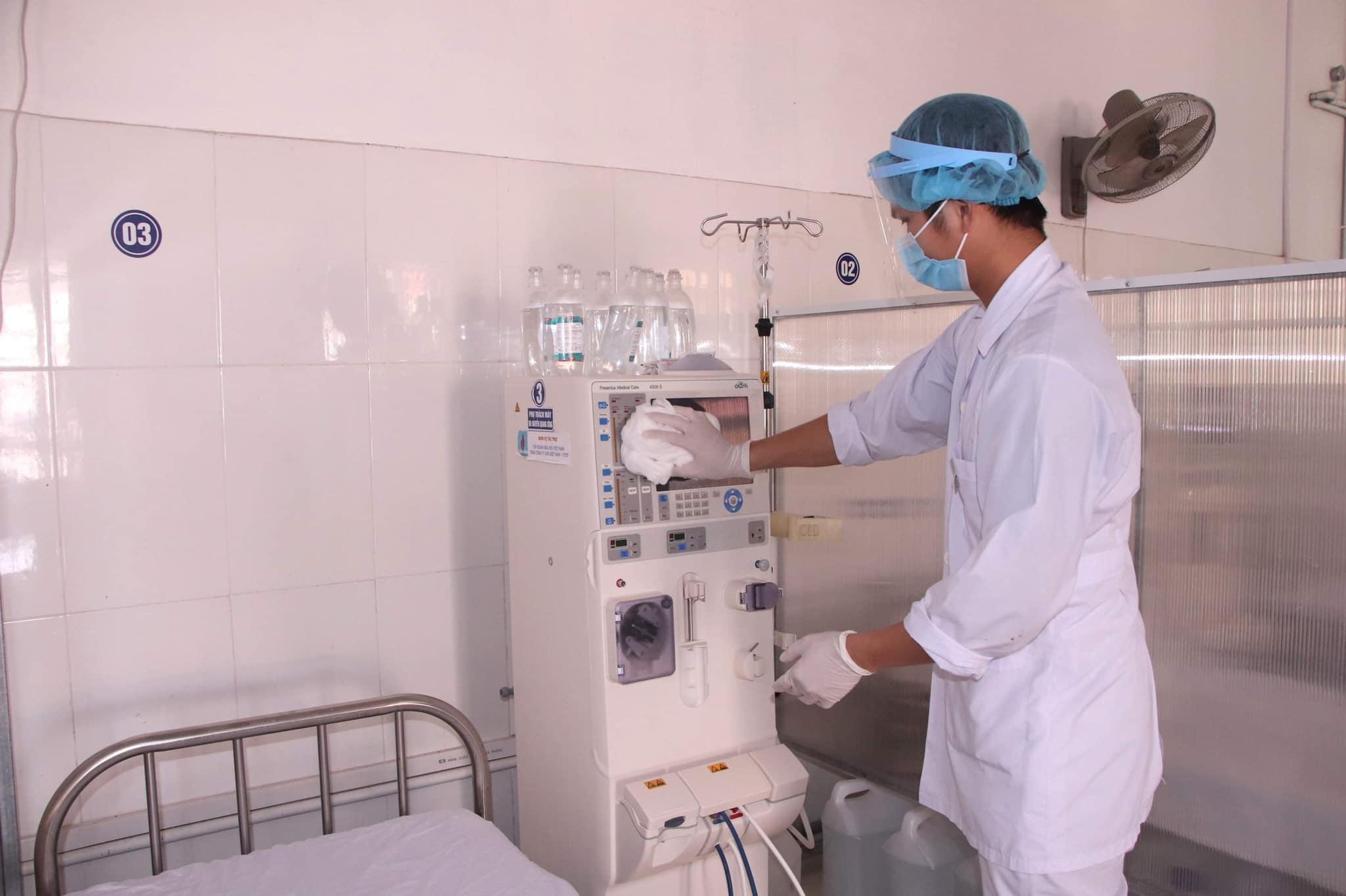Bảo vệ bệnh nhân chạy thận trong đại dịch Covid-9 -0