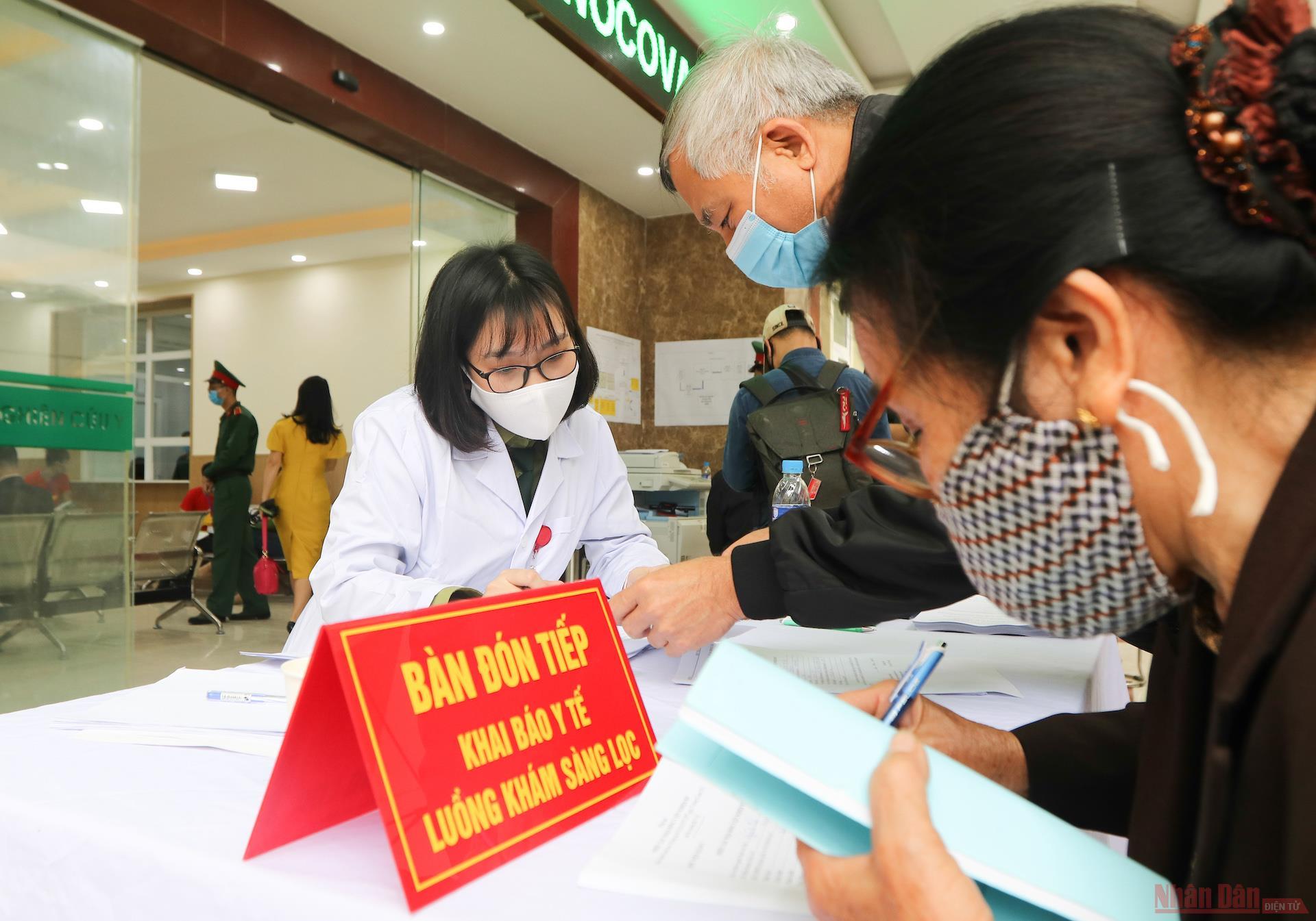 1vaccine_Vietnam_giai_doan_2-1614329233015.JPG