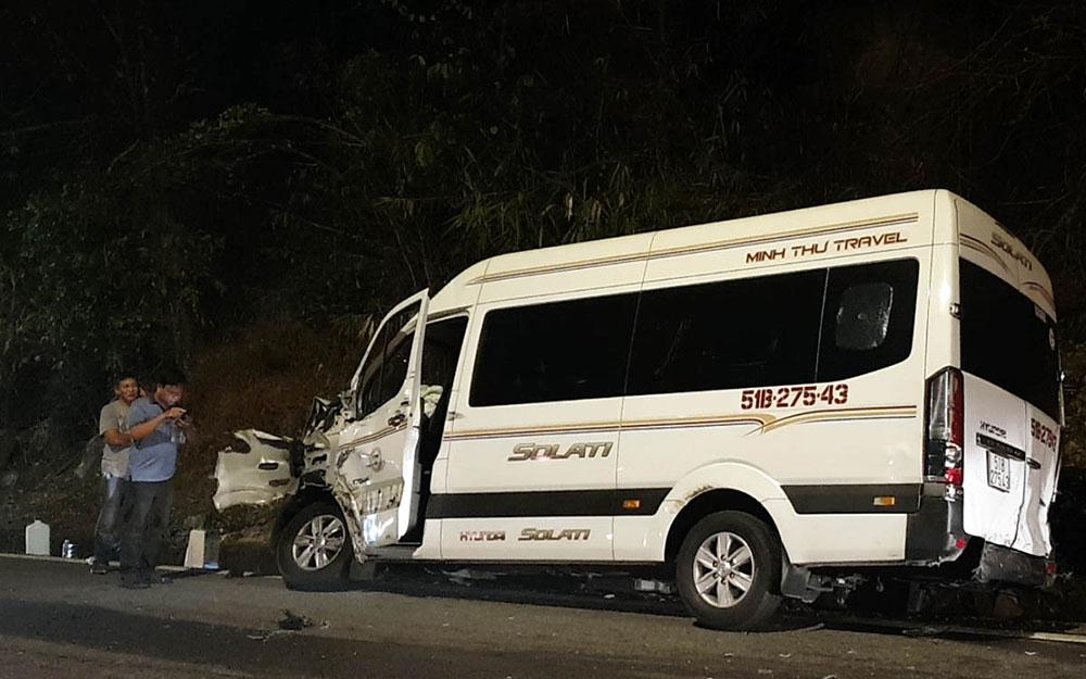Xe container gây tai nạn liên hoàn trên đèo Bảo Lộc -0