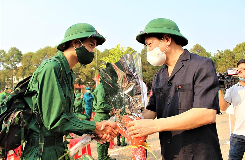 Tưng bừng Ngày hội tòng quân tại các địa phương -0
