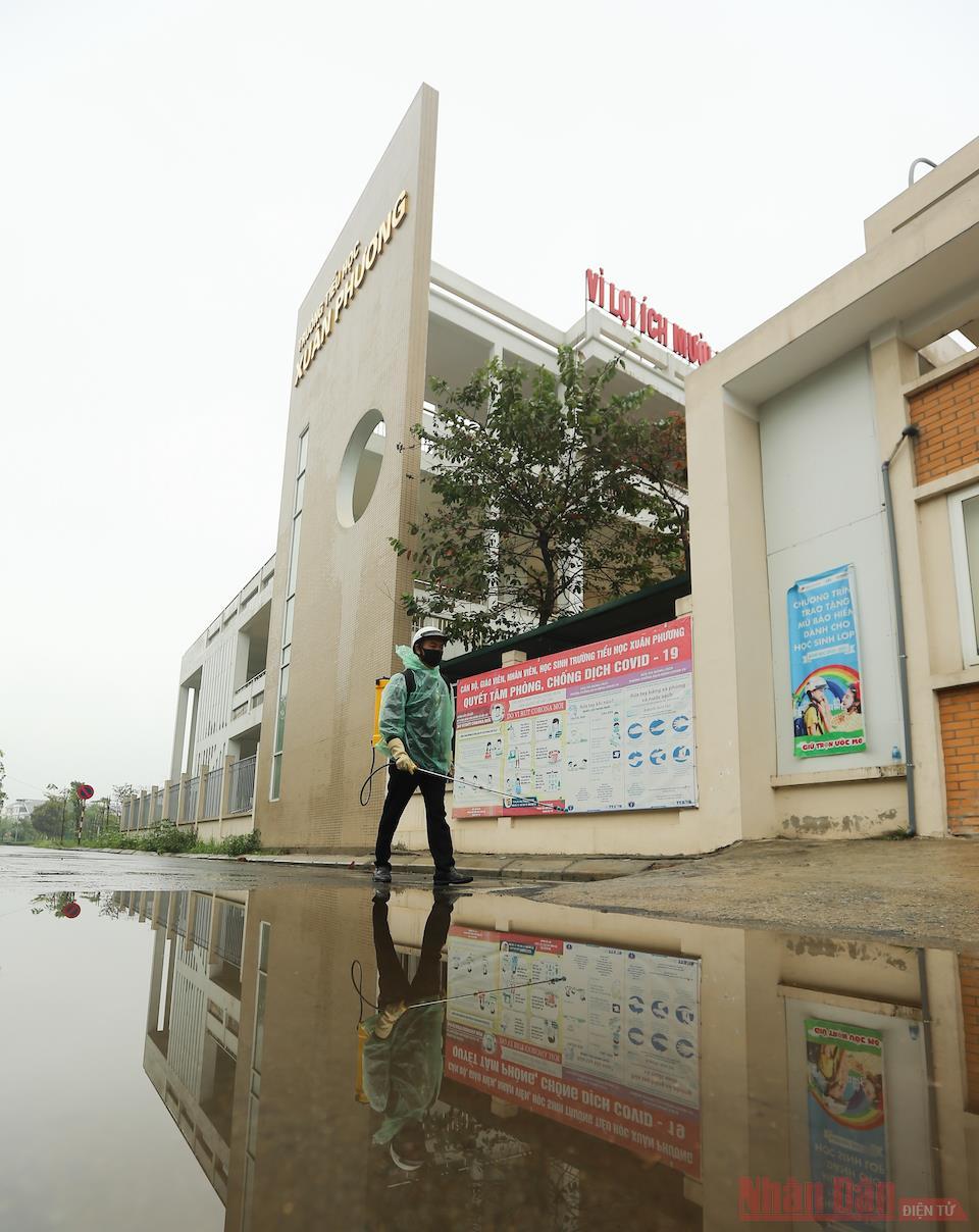Trường tiểu học Xuân Phương sẵn sàng đón học sinh trở lại trường -0