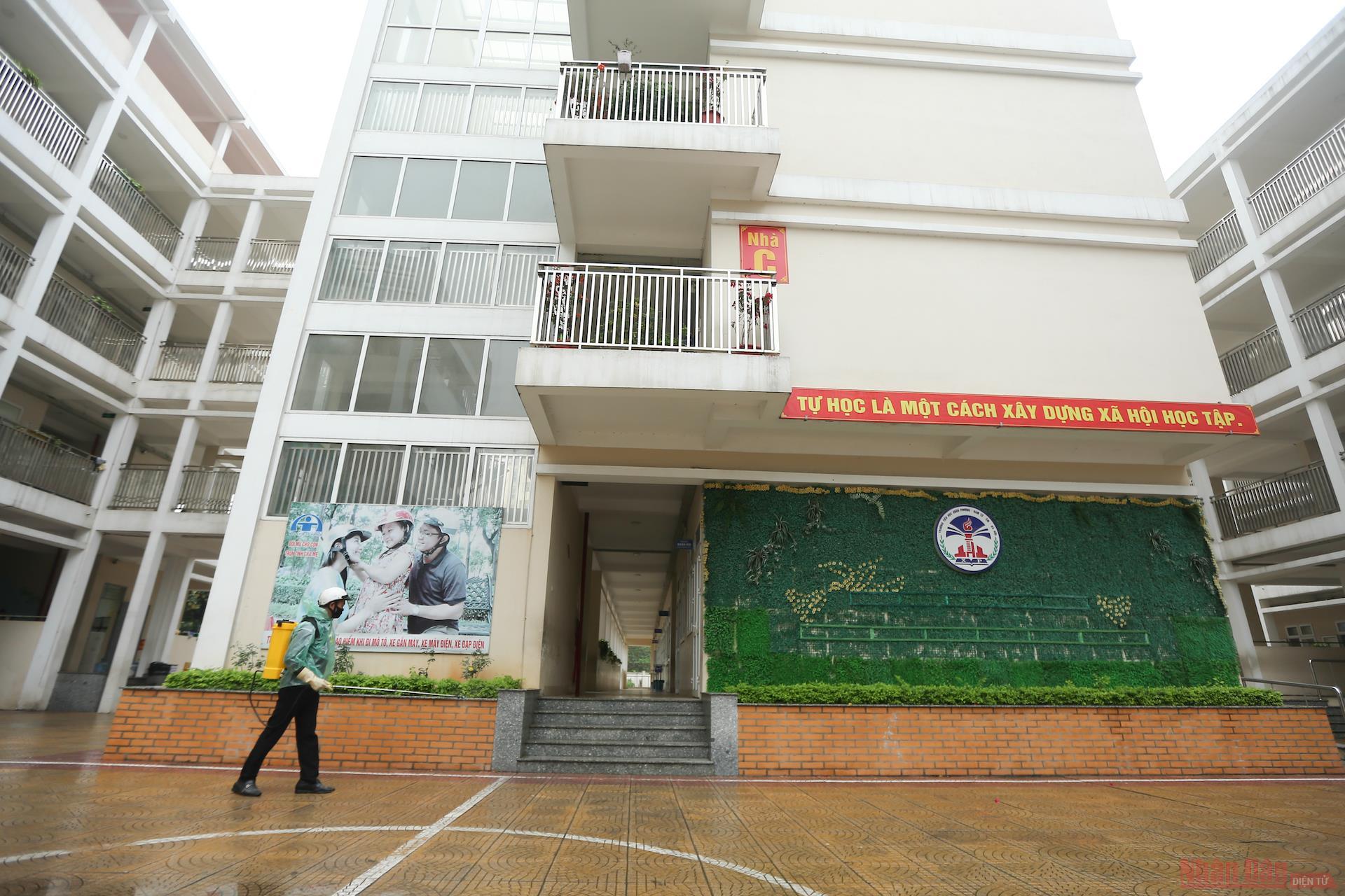 2_tieu_hoc_xuan_phuong-1614573093815.JPG