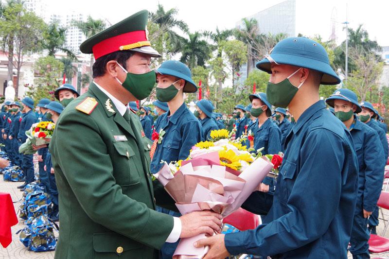 Tin ghép: Lễ giao nhận quân năm 2021 ở Quảng Ninh -0