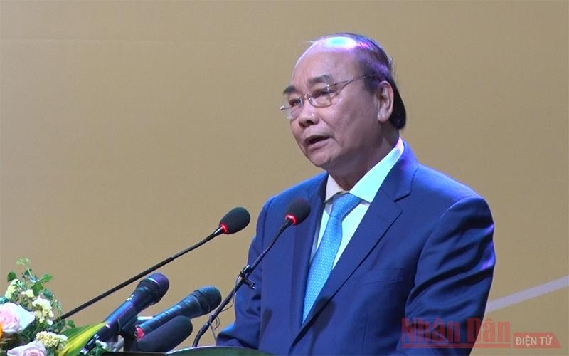 Thủ tướng Nguyễn Xuân Phúc chủ trì Hội nghị về phát triển bền vững vùng ĐBSCL -0