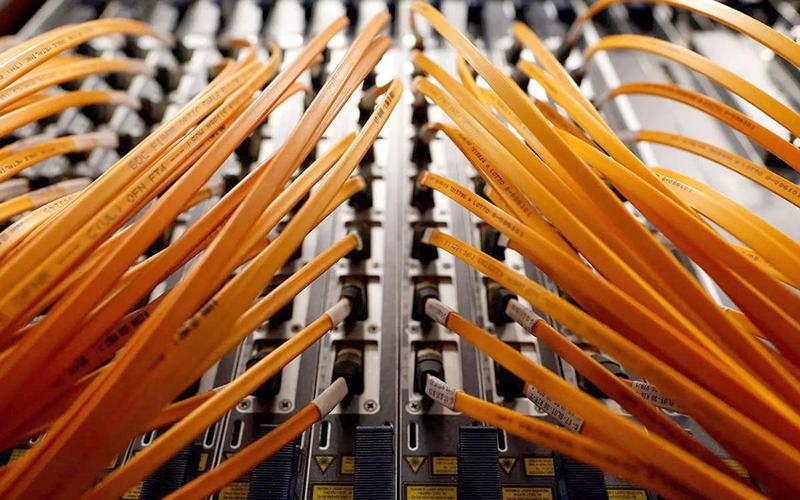 optical-fiber-cable-reu.jpg -0