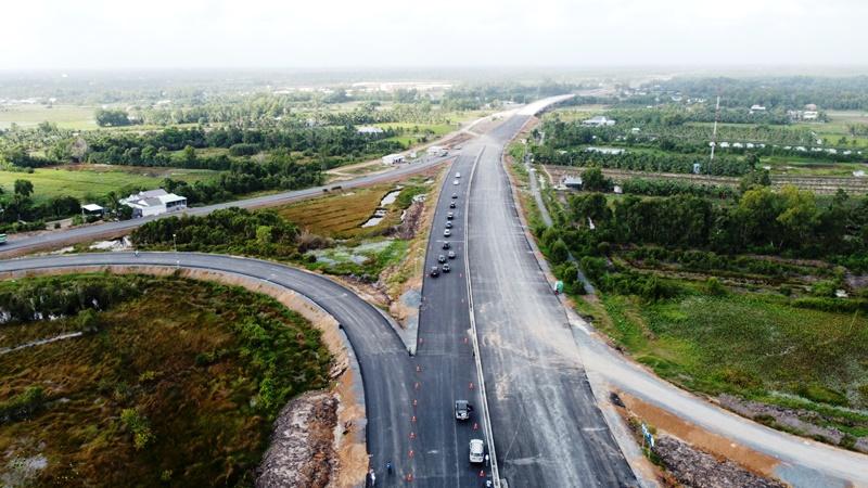 Cao tốc Trung Lương - Mỹ Thuận xin gia hạn đến cuối tháng 11-2021