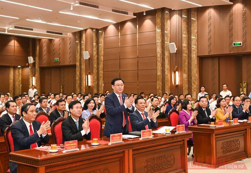 Bộ Chính trị phân công   đồng chí Đinh Tiến Dũng làm Bí thư Thành ủy Hà Nội -0