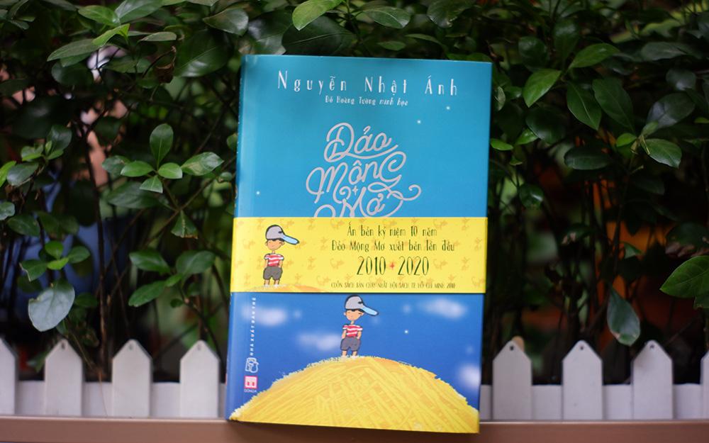 """Giao lưu cùng nhà văn Nguyễn Nhật Ánh nhân kỷ niệm 10 năm xuất bản """"Đảo mộng mơ"""" -0"""