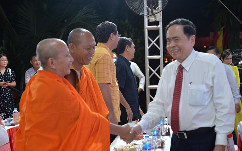Đồng chí Trần Thanh Mẫn chúc Tết Chôl Chnăm Thmây tại Sóc Trăng -0