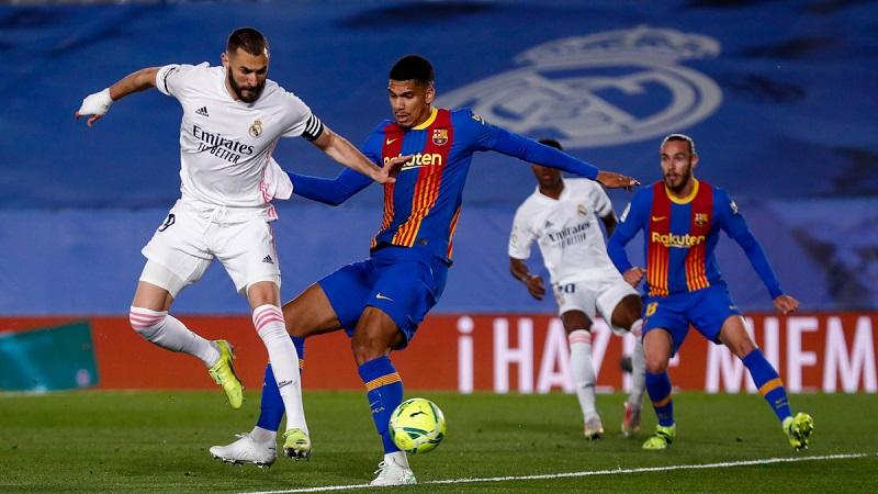 Thắng kịch tính Siêu kinh điển, Real chiếm ngôi đầu La Liga -0