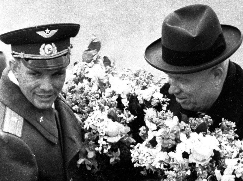 Những bức ảnh hiếm về Yuri Gagarin - nhà du hành vũ trụ đầu tiên trên thế giới -0