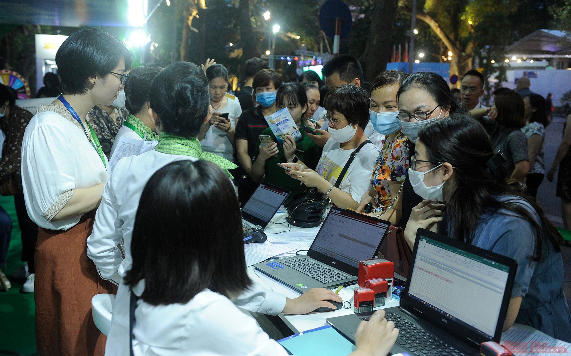 Hà Nội khai mạc Lễ hội Du lịch và Văn hoá ẩm thực 2021 -0