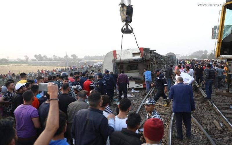 Tàu bị trật đường ray ở Ai Cập, 11 người thiệt mạng và 98 người bị thương -0