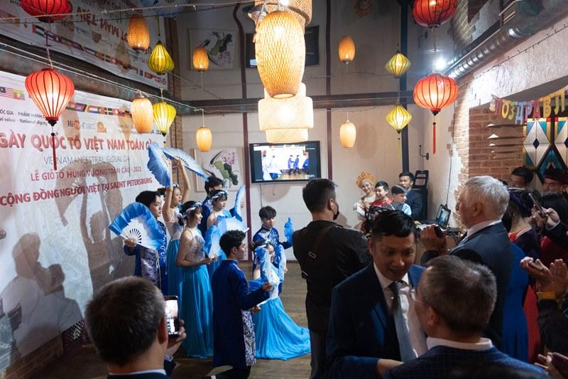 Người Việt tại Nga tổ chức giỗ Tổ Hùng Vương -0