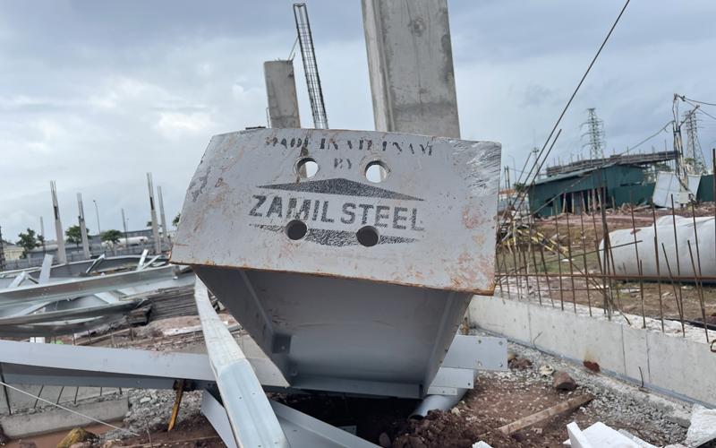 Đổ sập hàng chục nghìn m2 nhà xưởng đang thi công tại KCN Cảng biển Hải Hà -0