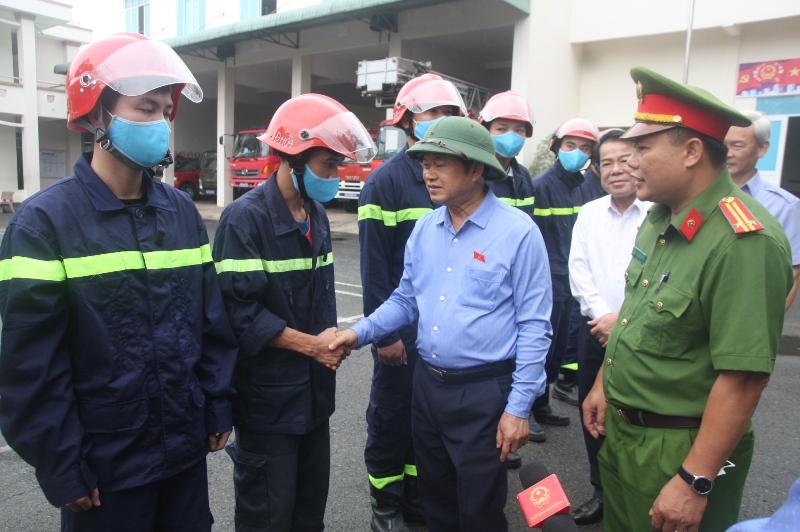 Phó Chủ tịch Quốc hội Đỗ Bá Tỵ kiểm tra công tác chuẩn bị bầu cử tại Đồng Nai -0