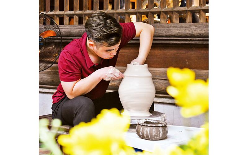 Tôn vinh nghề gốm truyền thống -0