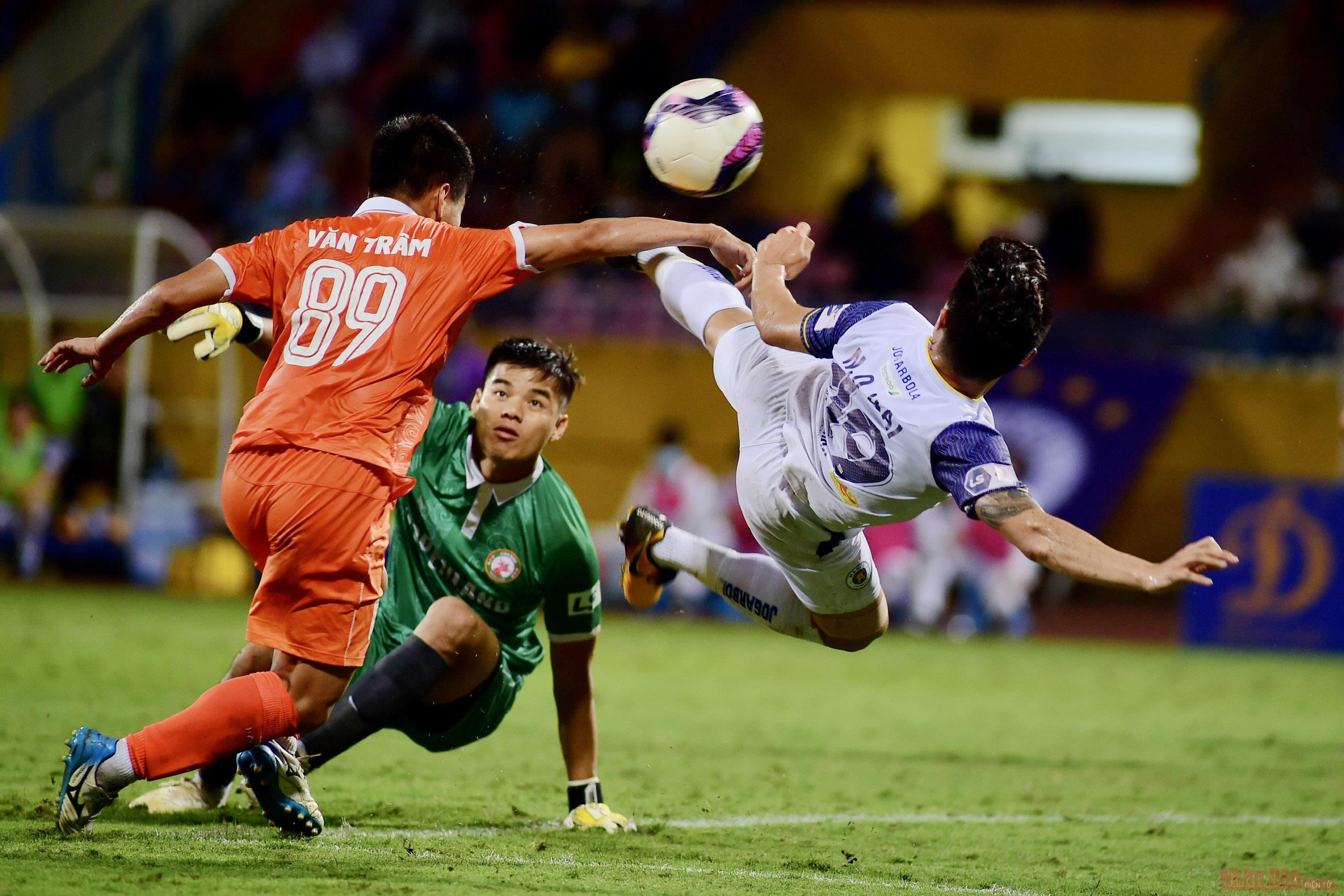 Hà Nội bại trận trước Topenland Bình Định -0