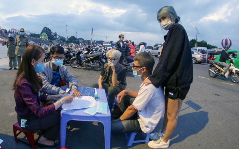 Đà Lạt mong người dân ưu tiên không gian cho du khách trong dịp lễ -0