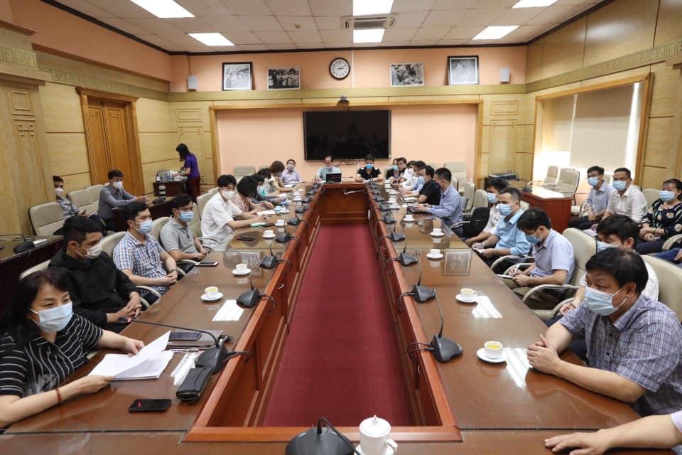 35 chuyên gia y tế Việt Nam sang hỗ trợ Lào phòng, chống dịch Covid-19 -0