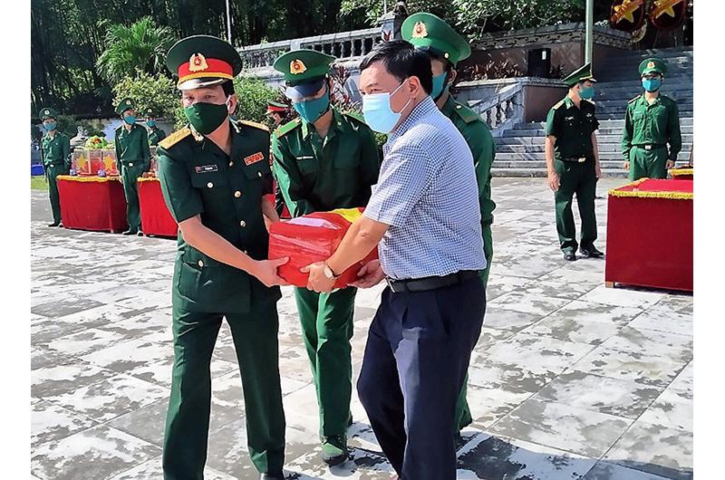 Nghệ An và Thanh Hóa truy điệu và an táng 110 liệt sĩ hy sinh tại Lào -0
