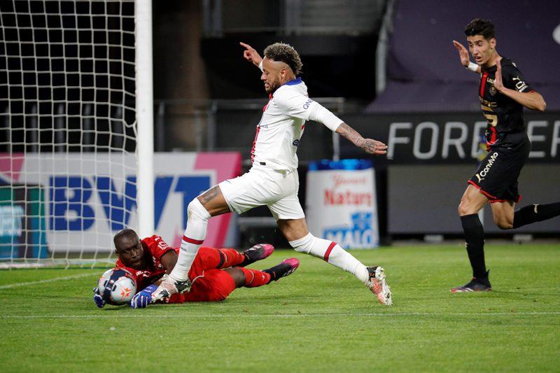 Hòa Sevilla, Real lỡ cơ hội lên ngôi đầu La Liga -0