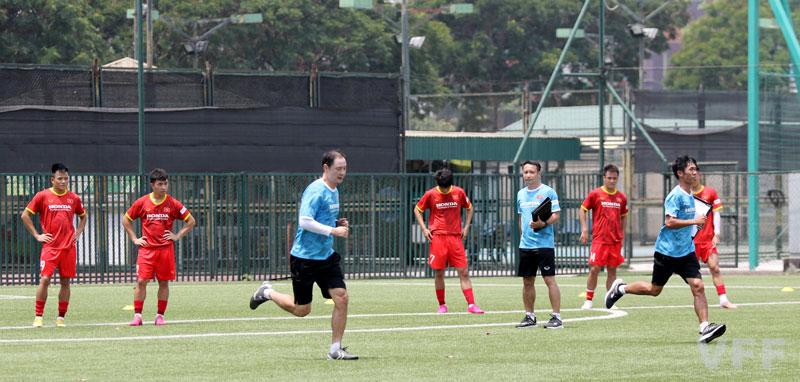Các cầu thủ ĐT U22 Việt Nam vượt qua bài kiểm tra thể lực -0
