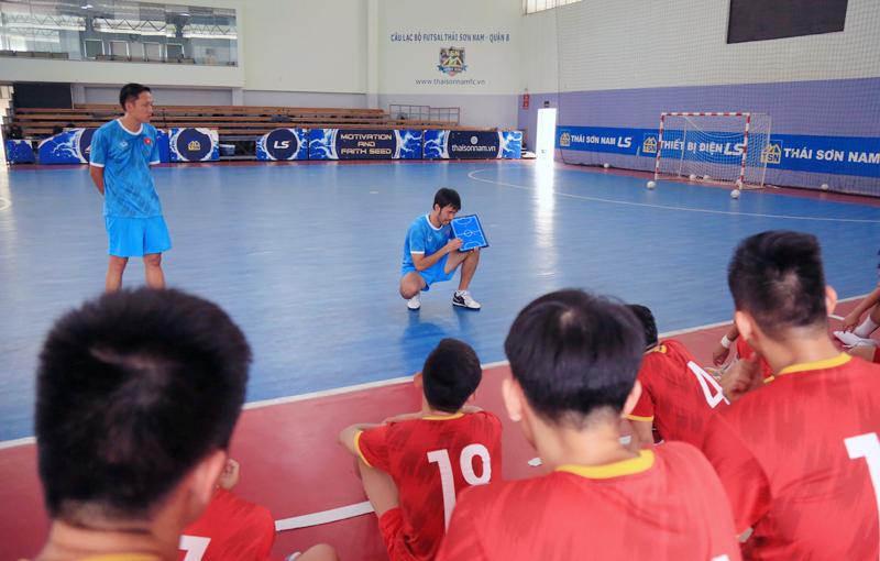 HLV Phạm Minh Giang tin tưởng ĐT Futsal Việt Nam sẽ vượt qua Lebanon -0