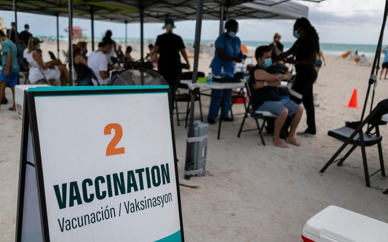 """""""Du lịch tiêm vaccine Covid-19"""": có phải đòn bẩy du lịch? -0"""