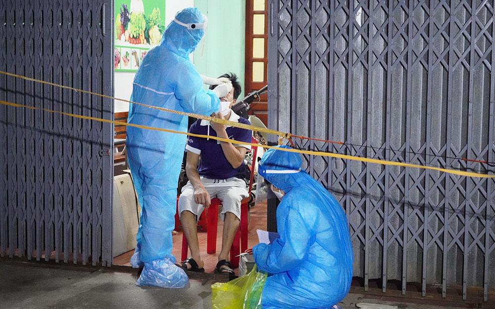 Hà Nam thêm 05 trường hợp dương tính với SARS-CoV-2 -0