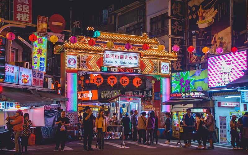 Điều gì khiến Việt Nam vào tốp nơi sinh sống tốt nhất cho người nước ngoài 2021? -0